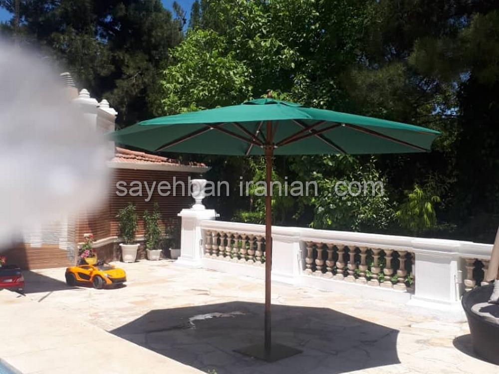چتر پایه وسط ویلای اقای اسمعیلی در شهریار