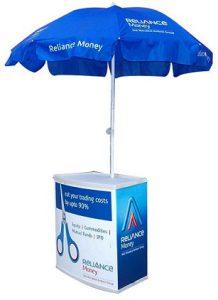 میز تبلیغاتی با چتر
